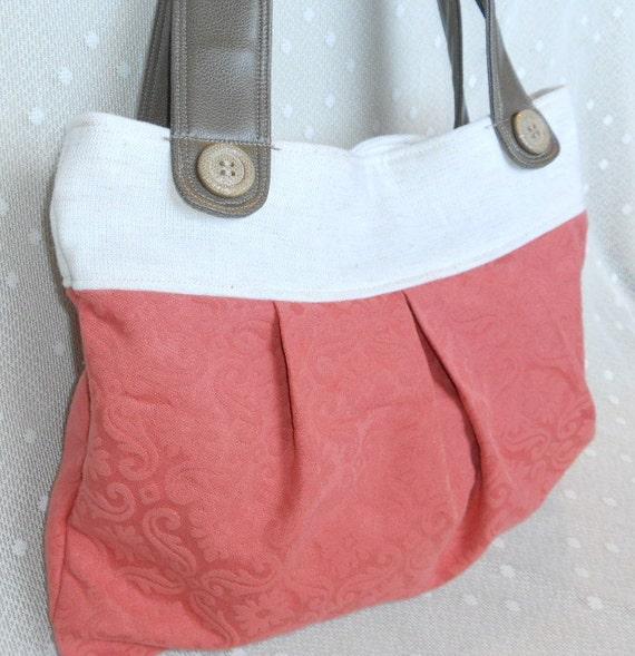 Pleated flower bag