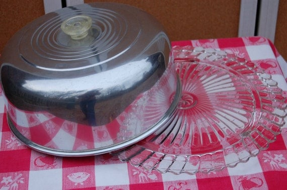 Vintage Cake Cover