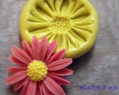 kawaii daisy flower- flexible silicone push mold / craft/ dessert/ mini food / soap mold/ resin/jewelry and more.