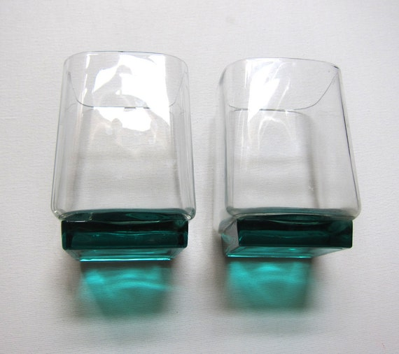 Vintage pair of unusual retro mid century styling handblown green base square drinking glasses