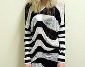 Shredded Longshirt Stripes Black White