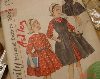 UNCUT Vintage Simplicity Pattern Girl size 7 Dress and Jumper
