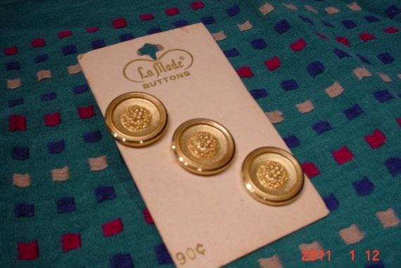 Three LaMode Buttons GOLD Original card