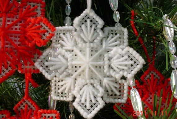 Vintage Christmas Tree Yarn Ornaments Made by Hand 1970s