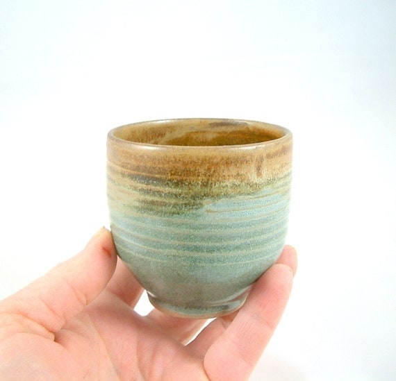 Yunomi Tea Cup in Satin Brown with a light Moss  Green glaze.