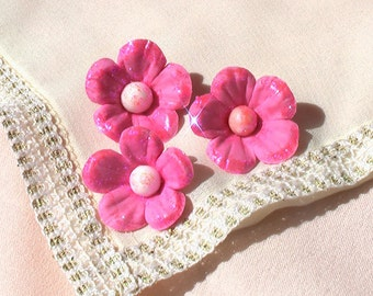 24 Gum Paste Flowers with Glitter