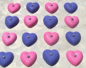 12 Gum Paste Hearts with Pearl Center