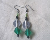 African style Green glass and Metal disk Earrings by Fianaturals on Etsy