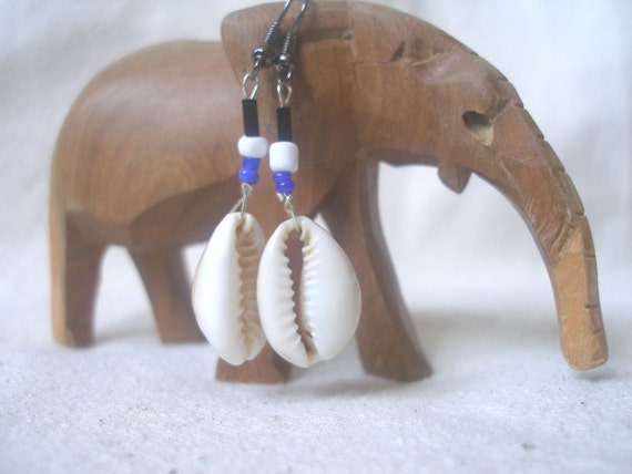Cowrie african shell  blue white black glass by Fianaturals on Etsy