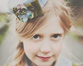 """The """" Ashton"""" Vintage inspired Mini Pill Box Hat - fascinator special occasion"""
