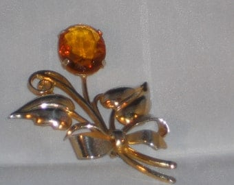Vintage Sterling Silver Amber glass stone Floral Brooch Art Deco.