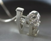 Love Park pendant in Steling Silver with diamonds