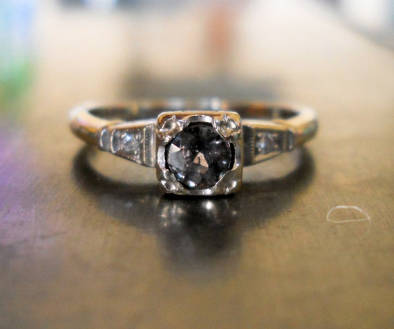 Vintage Color Change Sapphire and Diamond 14k Gold Ring