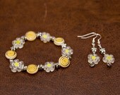 Glass bead shades of yellow stretch bracelet and earrings