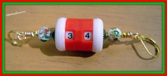 Clearance Sale - White Cloisonne Knitter's and Crocheter's Row Counter - Counts up to 99 Rows -