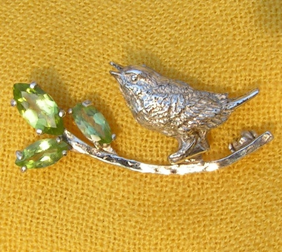 Silver bird brooch with peridot, bird on a branch, lime green natural peridot stones
