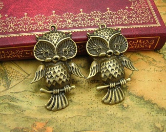 5 pcs Antique Bronze Owl Charms Owl Pendant 39x26mm CH0173