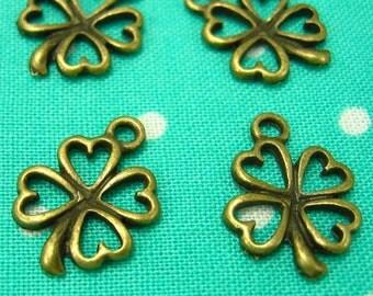 50 pcs Antique Bronze Lucky Flower Charms 14x13mm CH0532