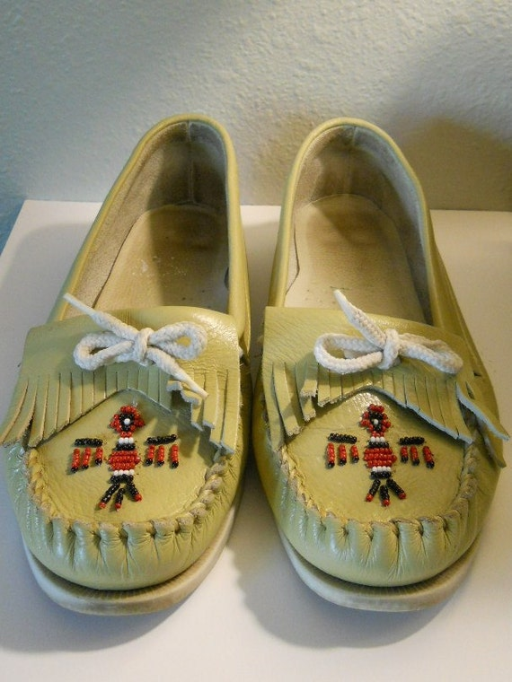 Vintage 80s Thunderbird Beige Tan Moccasins Made in Mexico Leather  Thunderbird Beaded Fringe Size 7.5