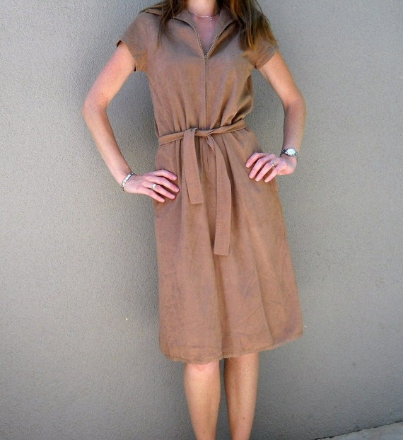 SALE vintage 70s camel brown dress with belt / womens small