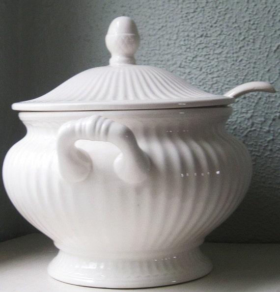 Vintage Soup Tureen 87