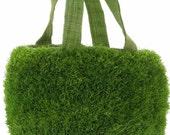 Grass Bag Basket - small, green - Wedding Centerpiece Decor, Flower Girl Basket - 100% Natural Handloomed Raffia