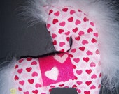 Plush heart valentine pony