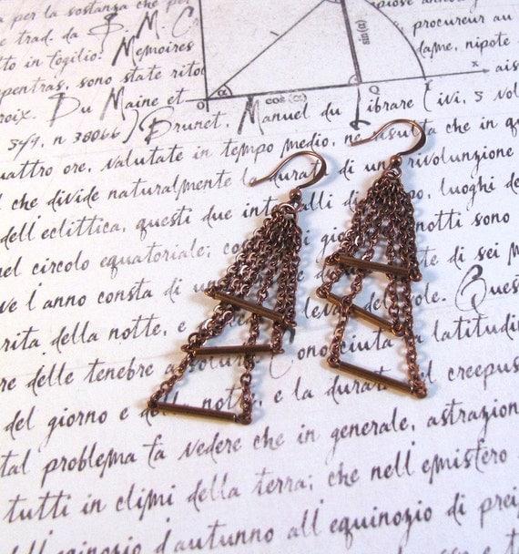 Triumverate - Copper Chain Earring; Triple Triangle Geometric Copper Earrings; Dangle Drop Bar Anniversary (Boucles en Cuivre) by InfinEight