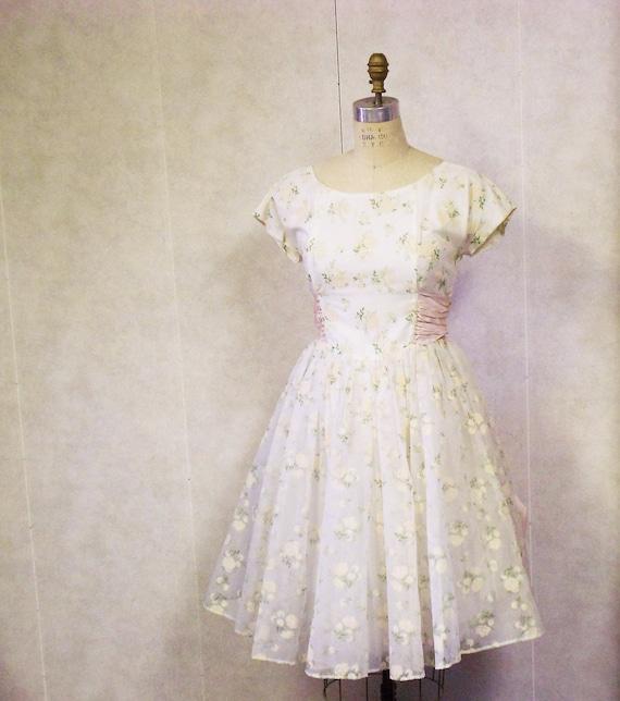 Vintage 1950s pink prom dress full circle skirt cream floral crinoline formal wedding rockabilly mad men