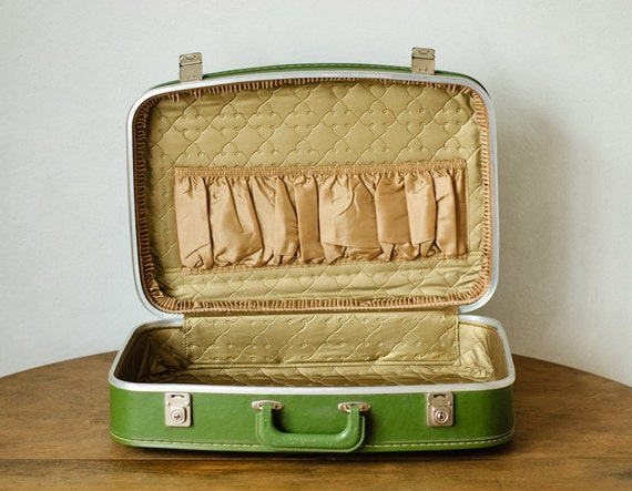 Green Vintage Leather Suitcase - NEVER USED - NEW - Travel - Home Decor - Collectible