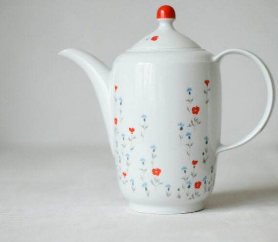 Vintage Blue Red Teapot - Jug - Pitcher - Made in GDR - Mother's Day Gift - Kitchen Decor - Collectible