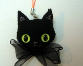 Halloween Black Cat with Yellow Eyes Felt Brooch/Ornament
