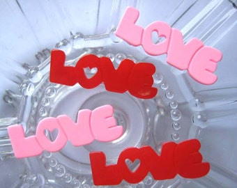 20 pcs of resin letter LOVE cabochon Flat back 37x13mm 2colors