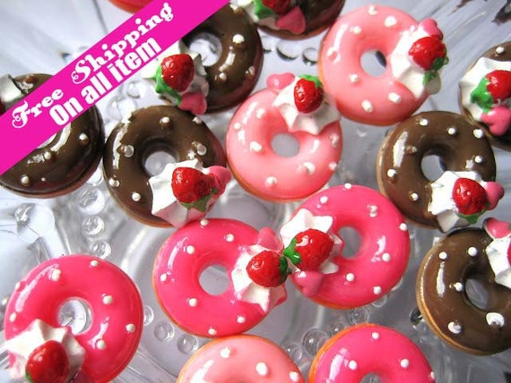 19mm Flatback Strawberry Ice Cream Doughnut Round Cabochon Three Colors, 9 pc