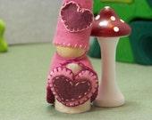 Valentine Gnome I (Valentine's Day Gnome)