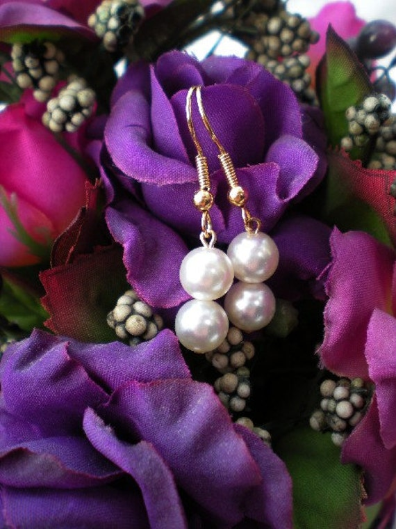 Vintage Faux Pearl - Earrings
