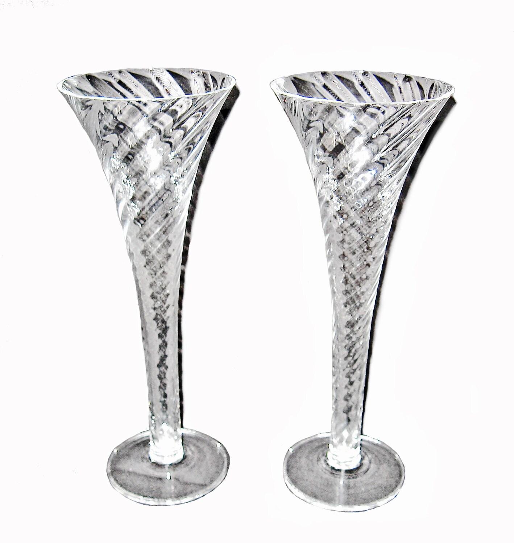 vintage champagne flutes two of a kind swirl pattern. Black Bedroom Furniture Sets. Home Design Ideas