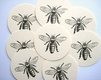 12 Queen Bee Tags  E806