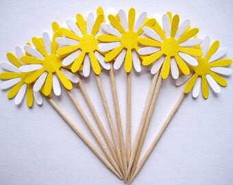 24 Yellow White Daisy Party Picks - Cupcake Toppers - Toothpicks - Food Picks - FP229