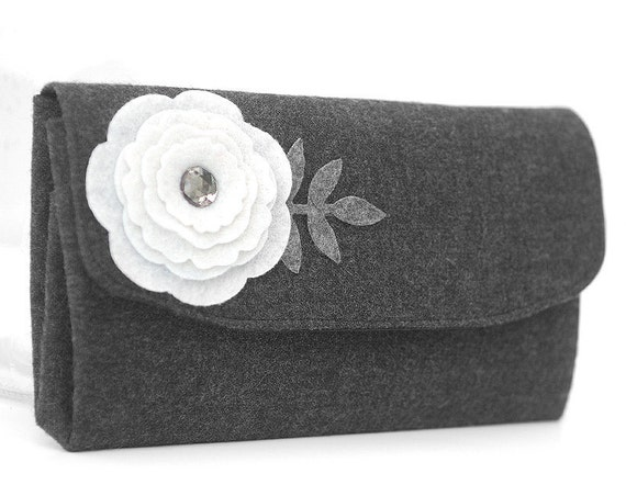 Charcoal Gray Wool Tweed Wallet with White Felt Applique Flower. Large Folding Coin Purse in Soft Wool Fabric with Diamond Look Jewel
