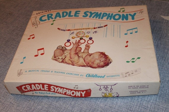 Vintage   The Original   Cradle Symphony 1950's by Childhood Interests    Mint Condition