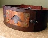 Men's Leather Bracelet  - Arrow v1