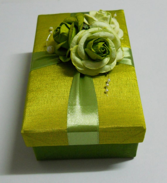 Elegant Wedding Silk Gift Box with flower decoration in green color
