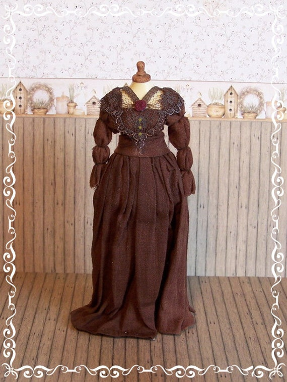 ooak 1:12 DRESSED MANNEQUIN by Soraya Merino