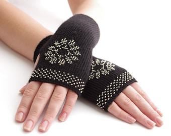 Pure virgin wool beaded fingerless gloves, wrist warmers, fingerless mittens, fall gloves, arm warmers in black with a snowflake motif
