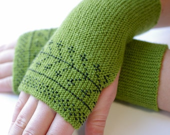 Warm and cozy beaded fingerless gloves, wrist warmers, fingerless mittens, arm warmers in green with black glass beads