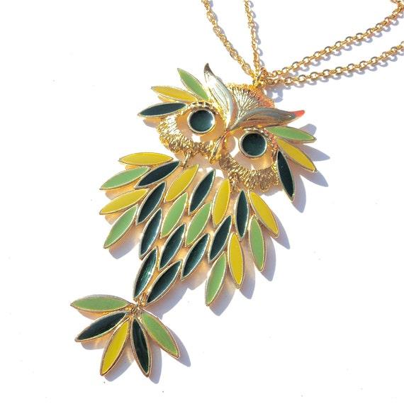 Vintage Owl Necklace Enamel Pendant Movement Swing