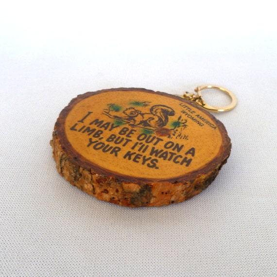 Rustic KITSCH WYOMING Key Chain SOUVENIR