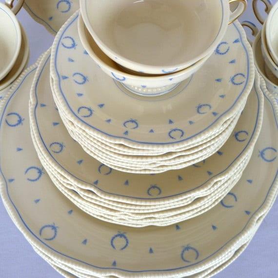 VINTAGE DINNERWARE SETTING for 8/ Castleton Blue Bow pattern