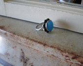 Vintage Turquoise Ring With Round Stone And Double Sterling Silver Band - Size 7